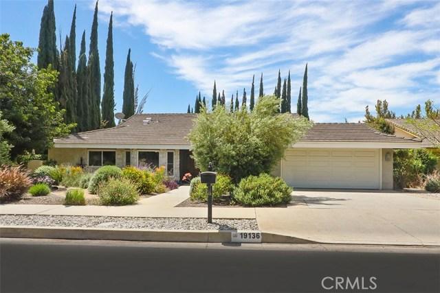 19136 Lassen Street, Northridge, CA 91324