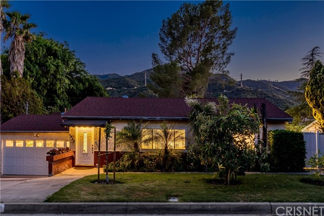 4006 Mayfield Avenue, La Crescenta, CA 91214