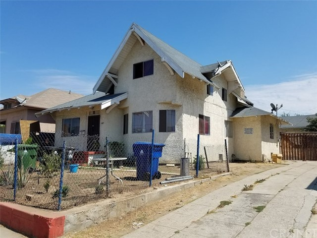 1606 Menlo Avenue, Los Angeles, CA 90006