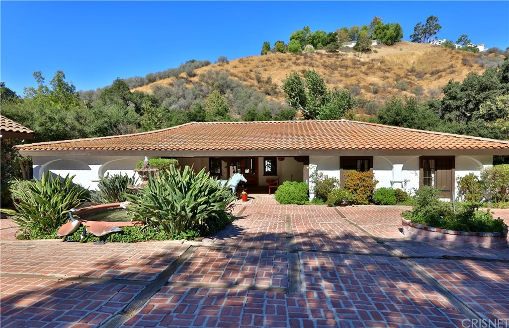Photo of 147 BELL CANYON Road, Bell Canyon, CA 91307