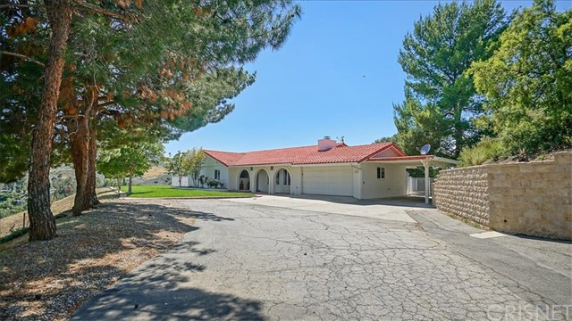30403 Byfield Road, Castaic, CA 91384