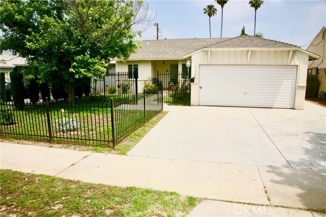 17155 Strathern Street, Lake Balboa, CA 91406