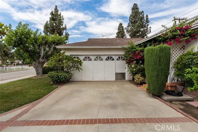 4. 820 Gleneagles Avenue Pomona, CA 91768
