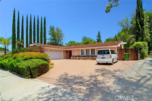 5752 Wallis Lane, Woodland Hills, CA 91367
