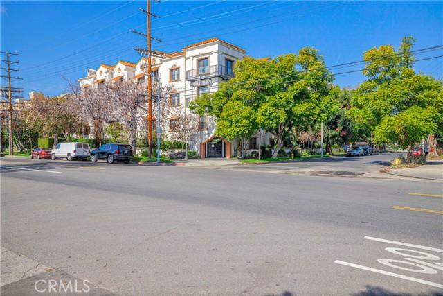12603 Moorpark Street 102, Studio City, CA 91604