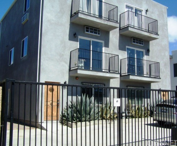 1337 W 36th Place, Los Angeles, CA 90007