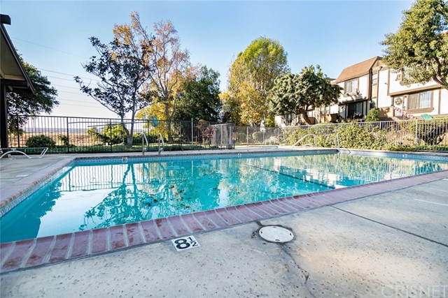 11300 Foothill Bl, Lakeview Terrace, CA 91342 Photo 24