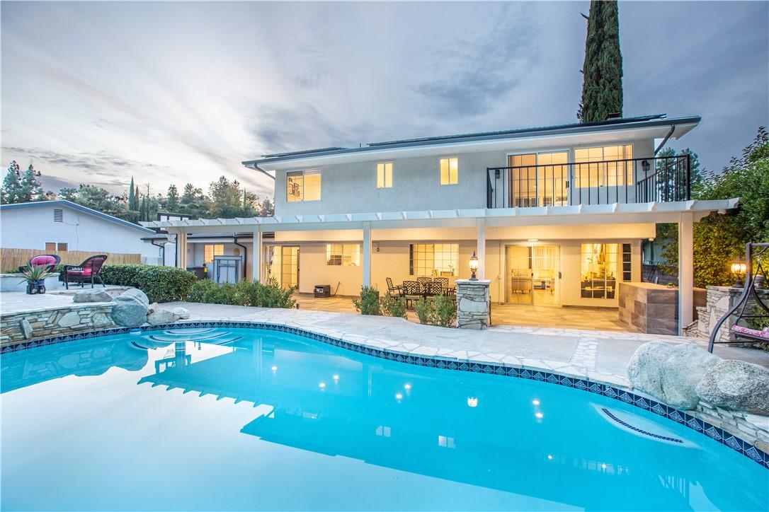 Photo of 5816 Valerie Avenue, Woodland Hills, CA 91367