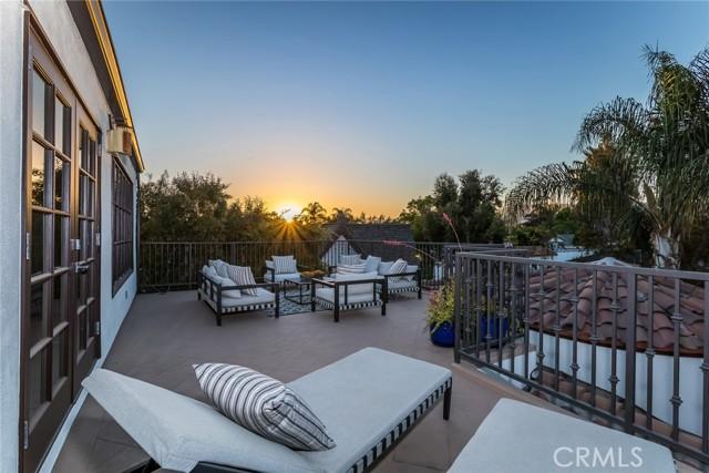 28. 6402 Lindenhurst Avenue Los Angeles, CA 90048