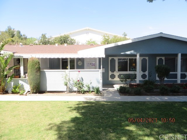 19234     Avenue Of The Oaks     C, Newhall CA 91321