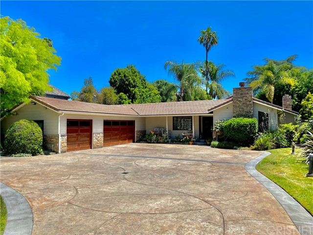 5936 Woodlake Avenue, Woodland Hills, CA 91367