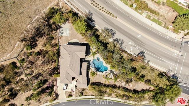 Photo of 585 Vineyard Drive, Simi Valley, CA 93065