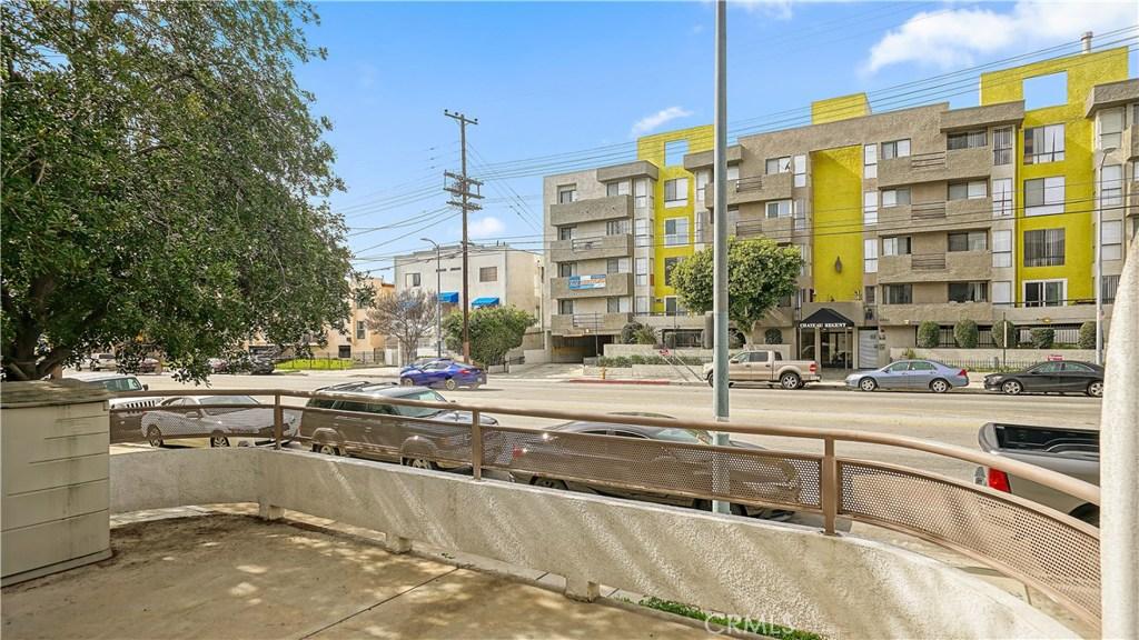 Photo of 6828 LAUREL CANYON #101, North Hollywood, CA 91605