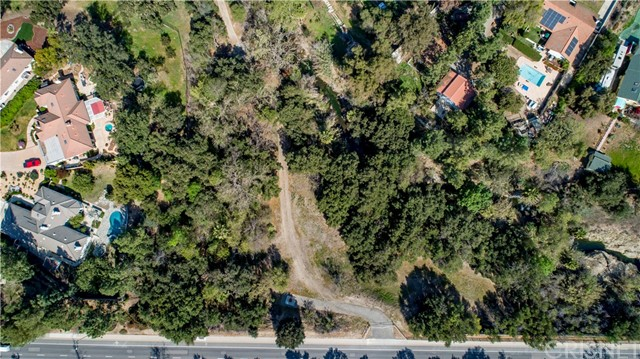 865 W Hillcrest Drive, Thousand Oaks, CA 91360