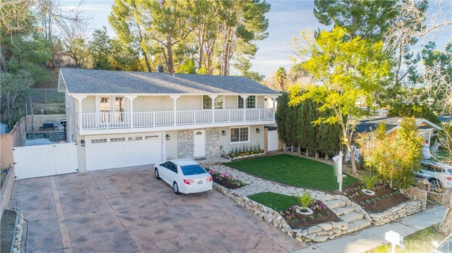 26449 Whispering Leaves Drive, Newhall, CA 91321