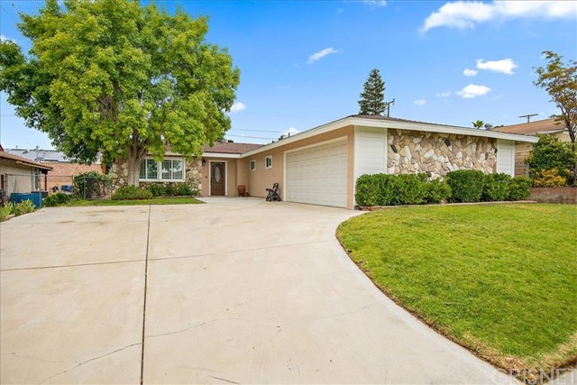 19825 Keaton Street, Canyon Country, CA 91351