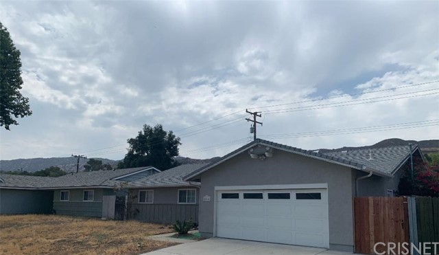 Excellent Location, close to all. Nice Large Parcel With 4 Beds / 2 Baths.  Attached 2-Car Garage. Easy to show.