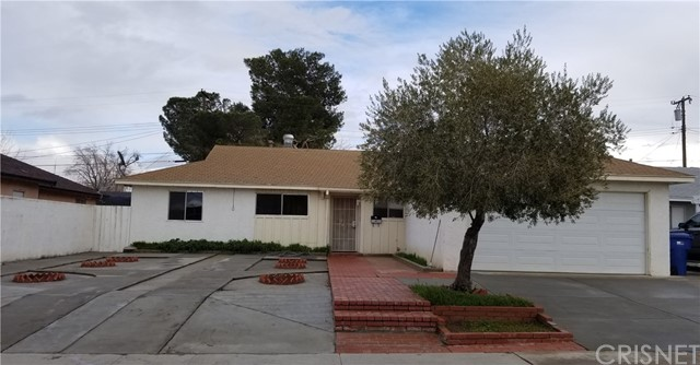 38526 33rd Street E, Palmdale, CA 93550