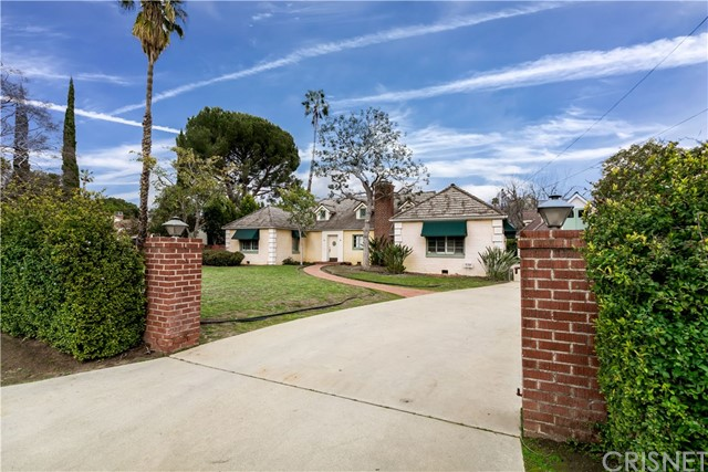 6304 Allott Avenue, Valley Glen, CA 91401