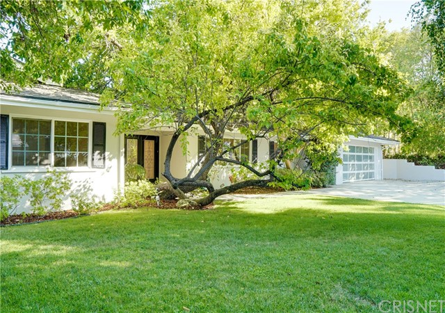 Photo of 20132 Allentown Drive, Woodland Hills, CA 91364