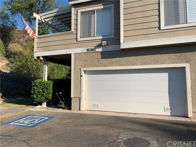 31361 The Old Rd, Castaic, CA 91384 Photo