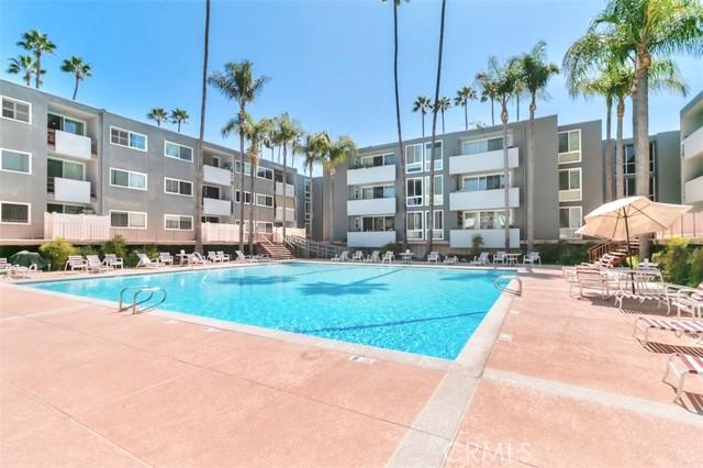 4915 Tyrone Avenue 212, Sherman Oaks, CA 91423