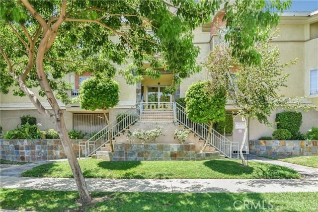 7045 Woodley Avenue 118, Lake Balboa, CA 91406