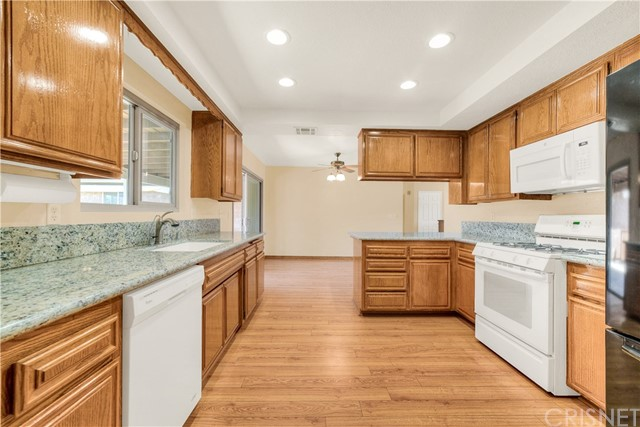 32907 Crown Valley Rd, Acton, CA 93510 Photo 8