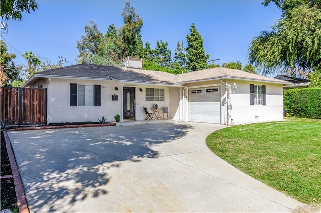 Photo of 17515 Cohasset Street, Van Nuys, CA 91406