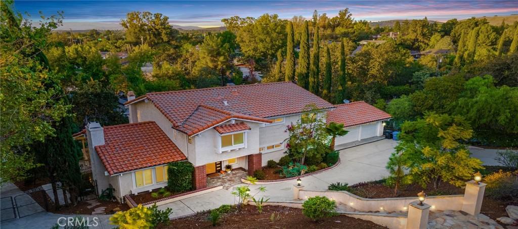 1239     La Peresa Drive, Thousand Oaks CA 91362