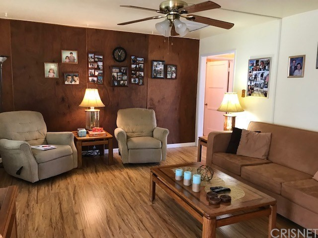 17118 Strathern Street, Lake Balboa, CA 91406