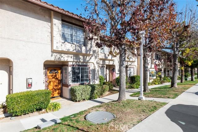 5624 Las Virgenes Road 18, Calabasas, CA 91302