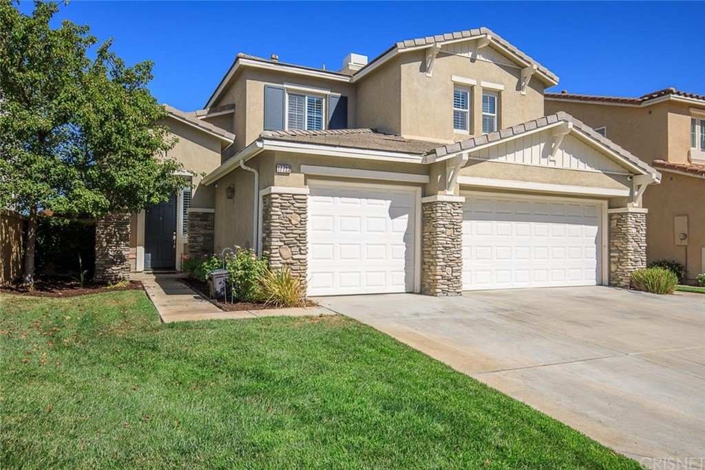 17723     Sweetgum Lane, Canyon Country CA 91387