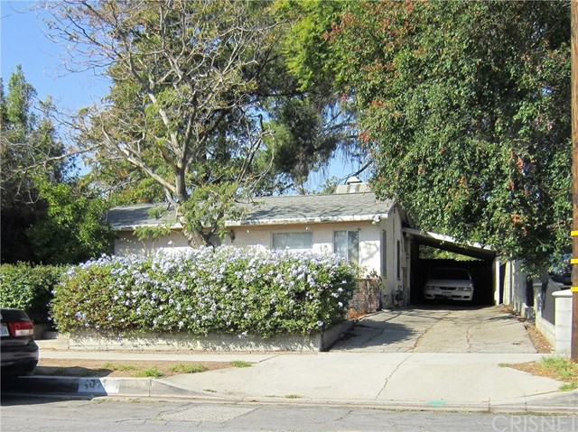 1011 Orange Grove Avenue, San Fernando, CA 91340
