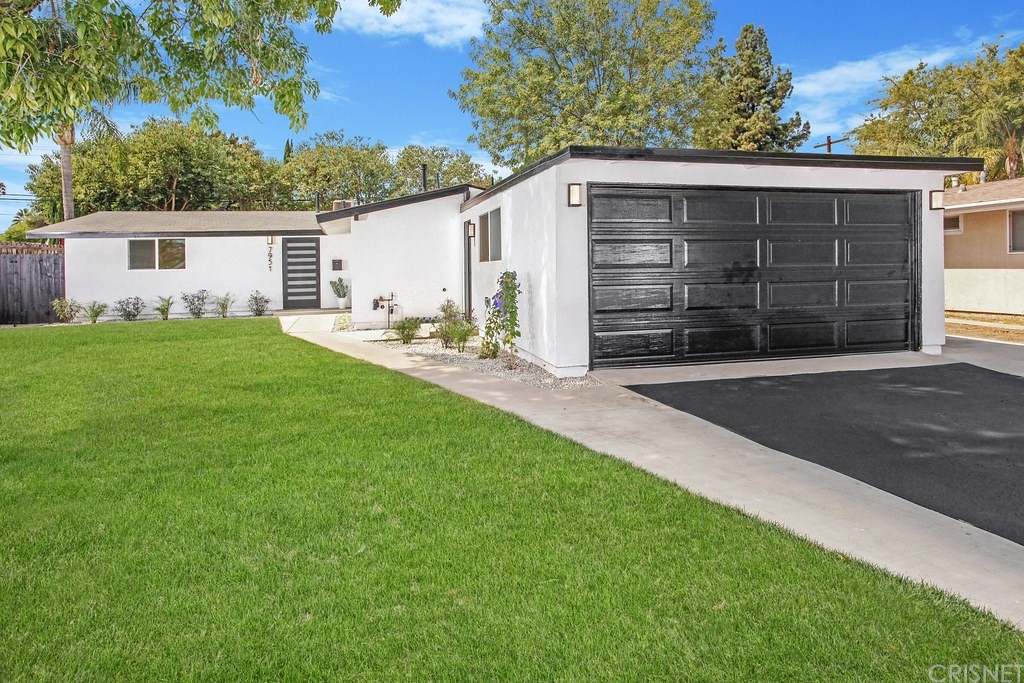 7951     Capistrano Avenue, West Hills CA 91304