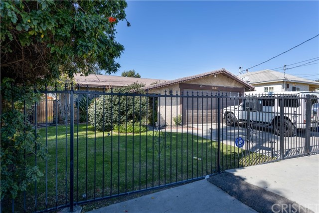7667 Simpson Ave, North Hollywood, CA 91605