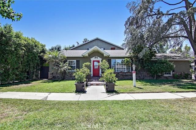 5521 Van Noord Avenue Sherman Oaks, CA 91401