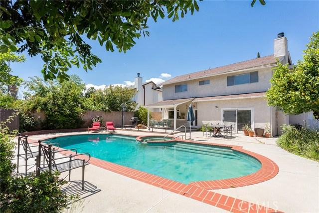 17900 Calvert Street, Encino, CA 91316