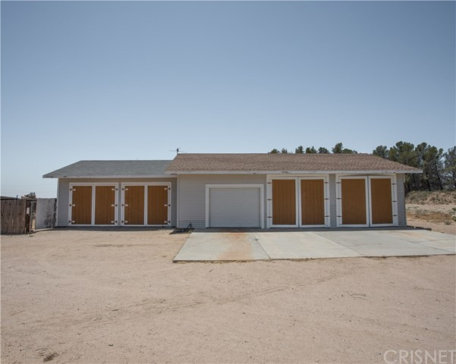 900 Fristad Street, Mojave, CA 93501