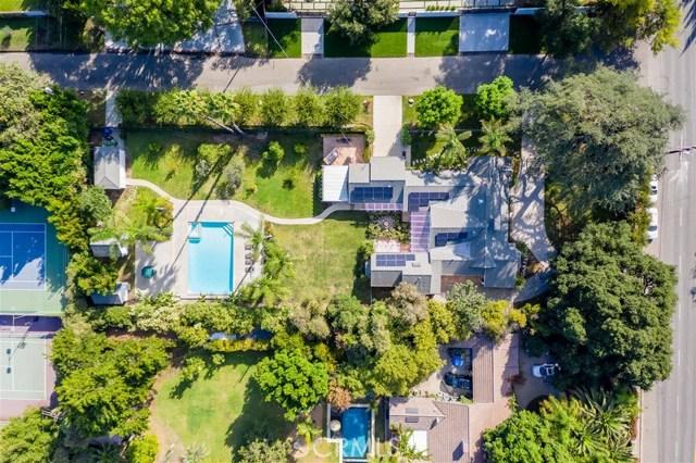 13807 Magnolia Boulevard, Sherman Oaks, CA 91423