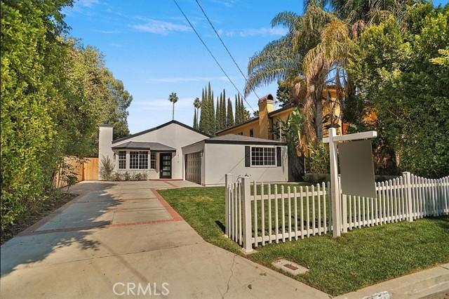 15115 Hartsook Street, Sherman Oaks, CA 91403