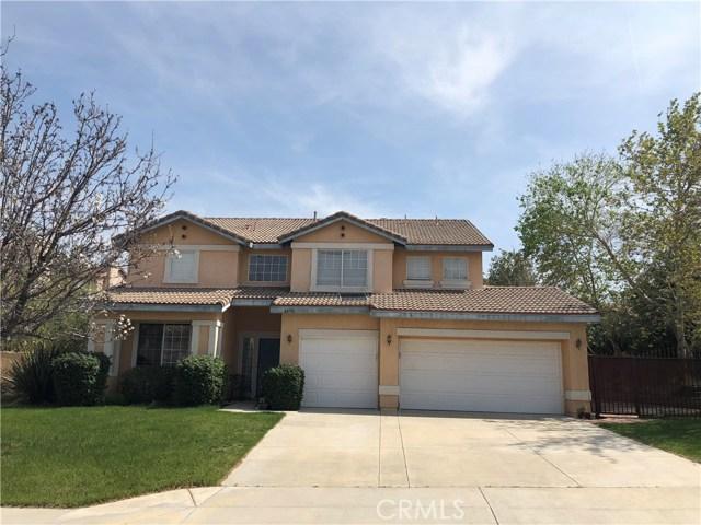 22716 Flower Fields Avenue, Saugus, CA 91350