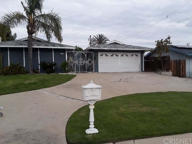 3209 Sterling Road, Bakersfield, CA 93306