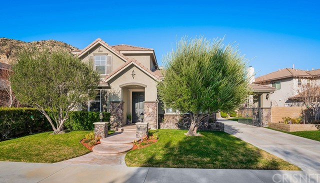 25841 Royal Oaks Road, Stevenson Ranch, CA 91381
