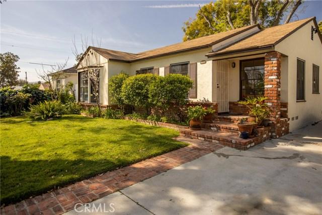 6531 Ruffner Avenue, Lake Balboa, CA 91406