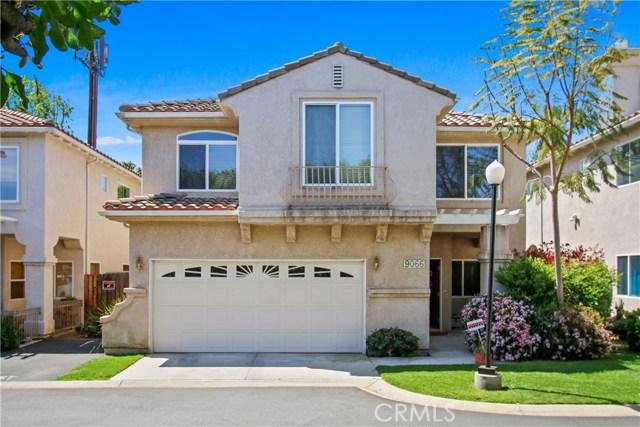 9066 Hayvenhurst Avenue 102, North Hills, CA 91343