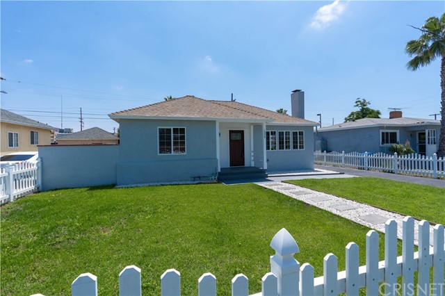 6224 Peach Avenue, Van Nuys, CA 91411