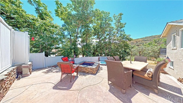 17548 Sunset Trail, Lake Hughes, CA 93532