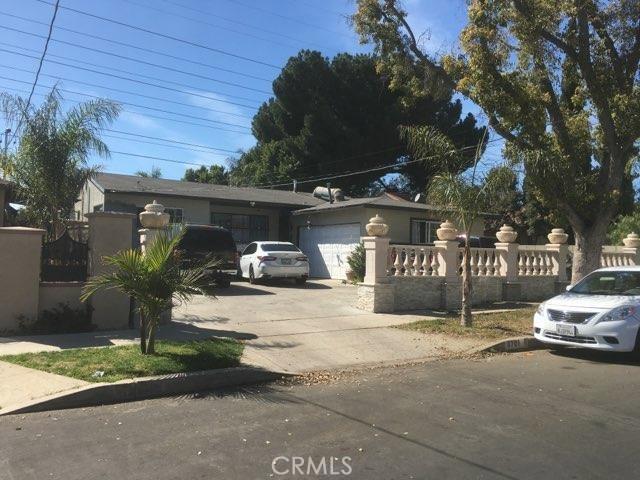 8701 Roslyndale Avenue, Arleta, CA 91331