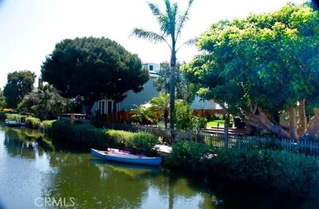 214 Sherman Canal, Venice, CA 90291